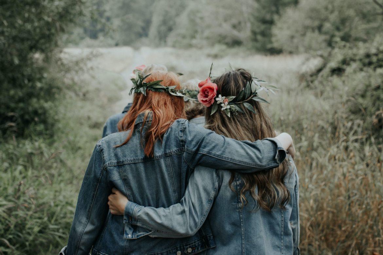 dziewczyny w wiankach